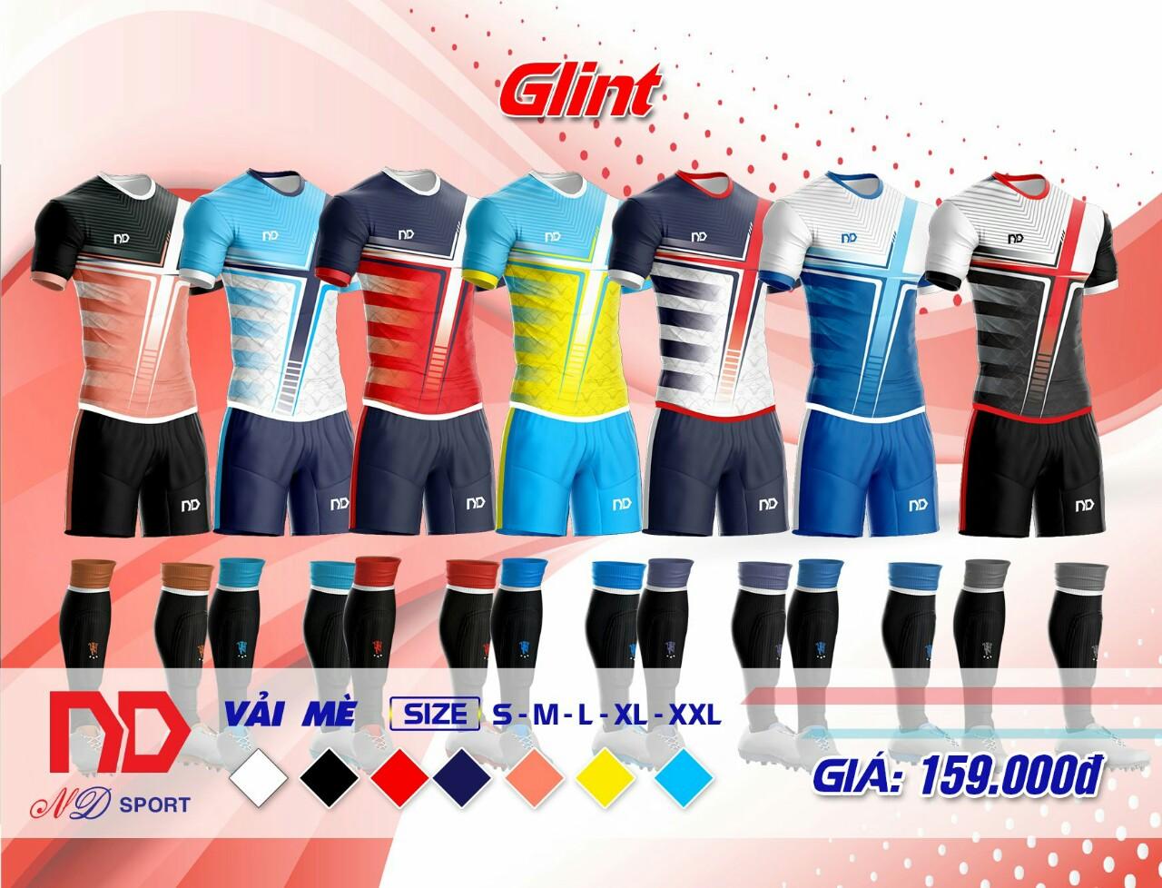 Bộ quần áo thể thao GLINT